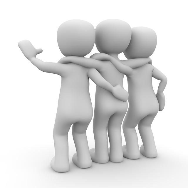 共通の敵を作って仲間意識を高める方法